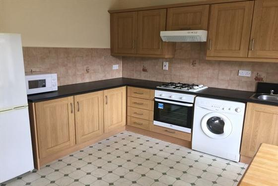 2 Bed Terraced House To Let